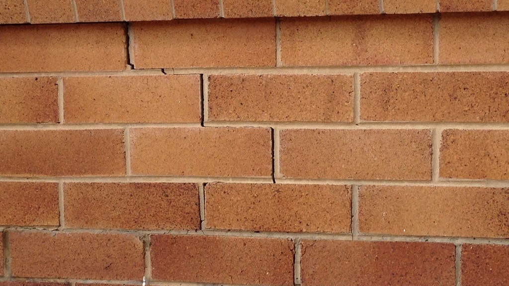 A photo of a crack in brickwork