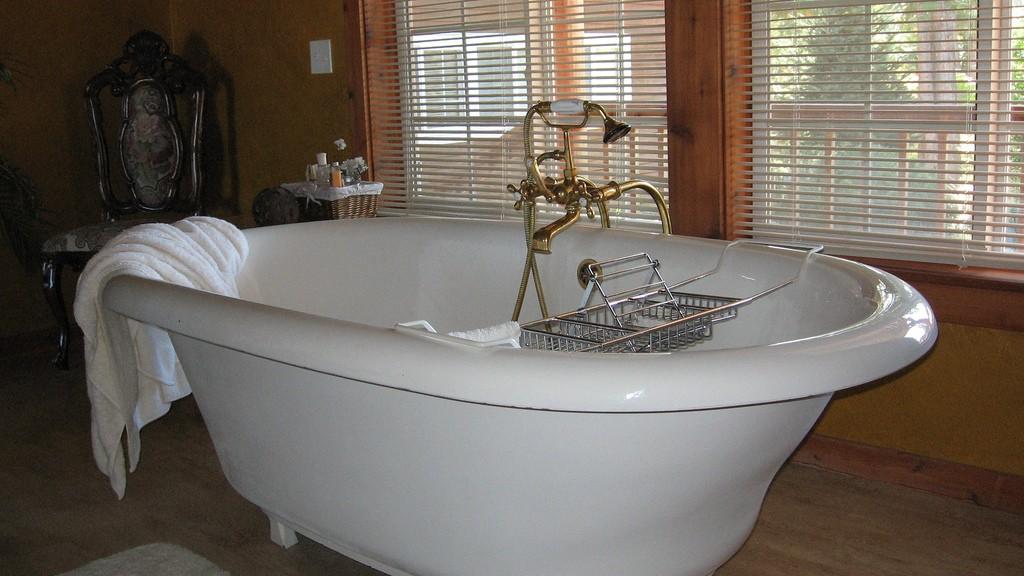 Bathroom Renovation Clawfoot bath