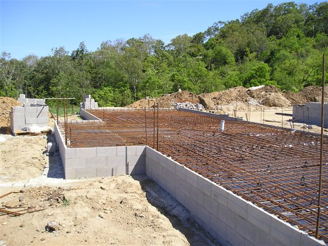 Photo of raft slab on besser block wall